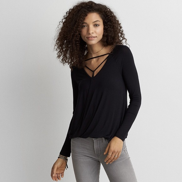American Eagle Outfitters Tops - American Eagle long sleeve top